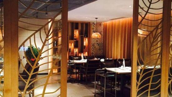 潤香四季椰子雞概念餐廳