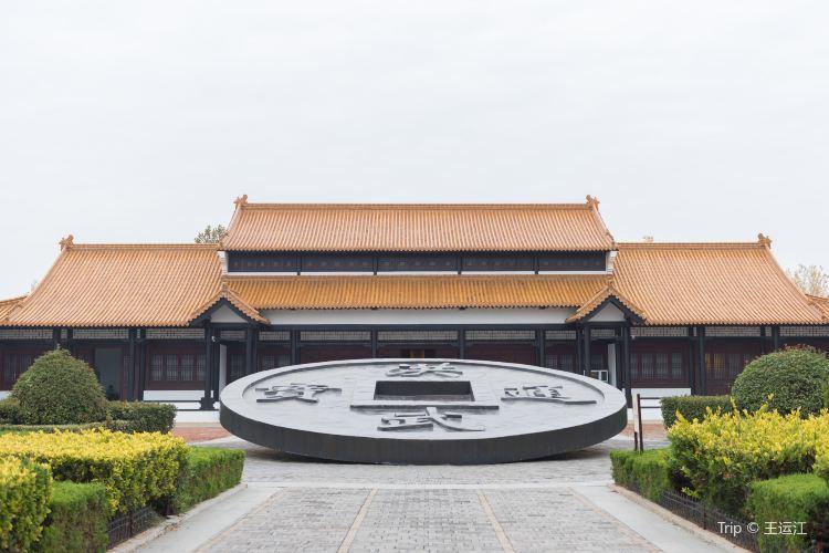 Mingzu Mausoleum2