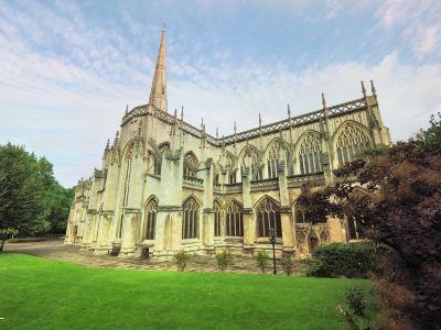 聖瑪麗紅崖教堂