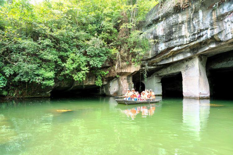 Huashan Mystery Cave1