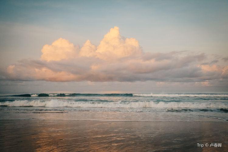 Mai Khao Beach2