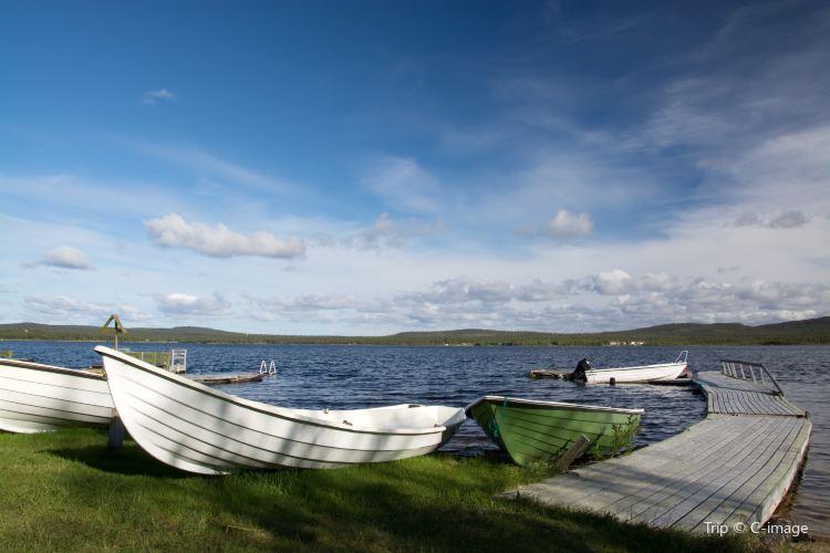 Inari Lake2