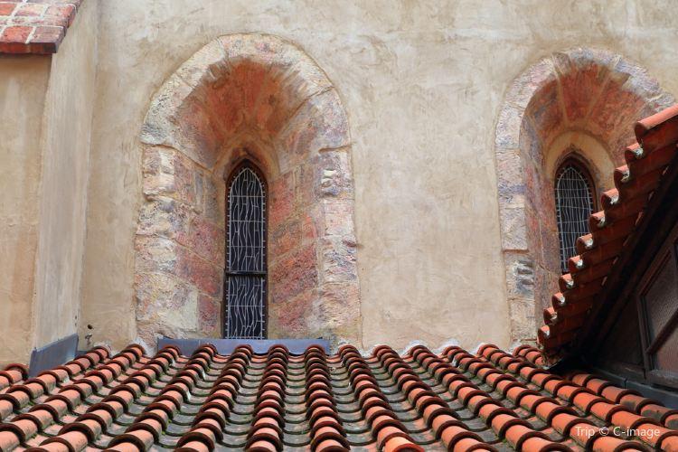 Staronova Synagoga3