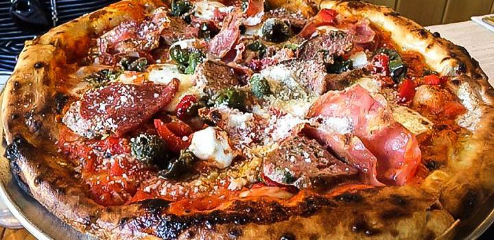 B Side Pizza & Wine Bar