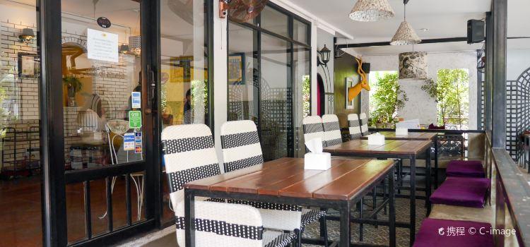 Cafe De Nimman2