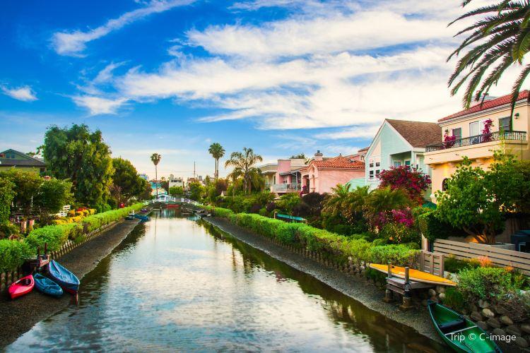 Venice Canals Walkway1