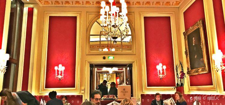 Cafe Sacher Wien1