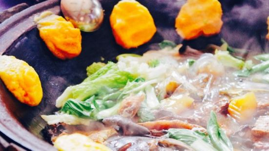 老譚頭鐵鍋燉飯店