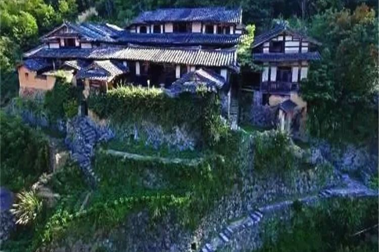 Guifeng Ancient Residence3