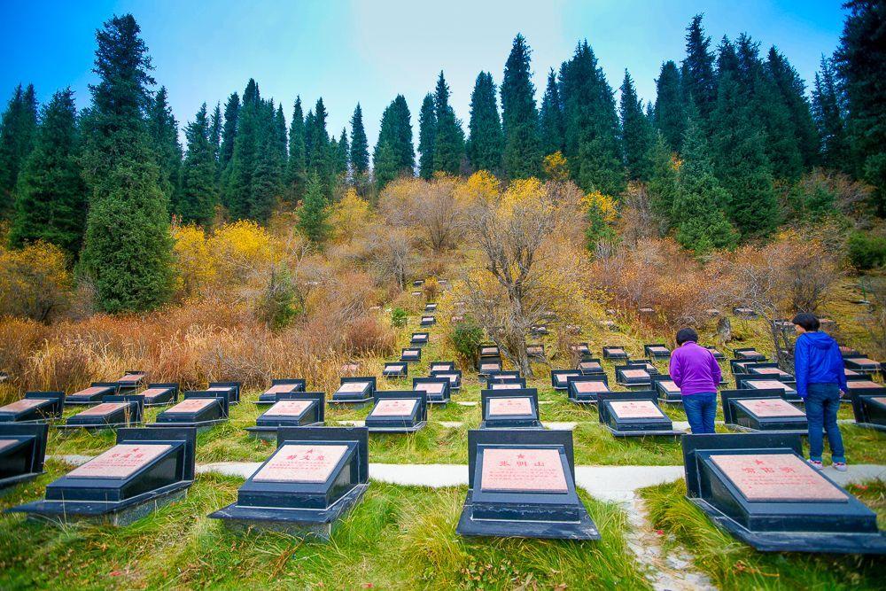 喬爾瑪革命烈士陵園