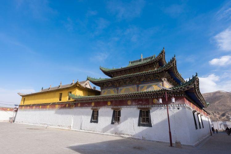 Longwu Temple3