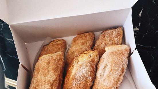 Porto's Bakery&Cafe(伯班克店)