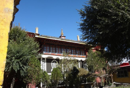 Gandian Quguo Temple