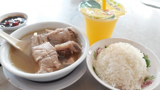 Legendary Bak Kut Teh(154 Rangoon Road)