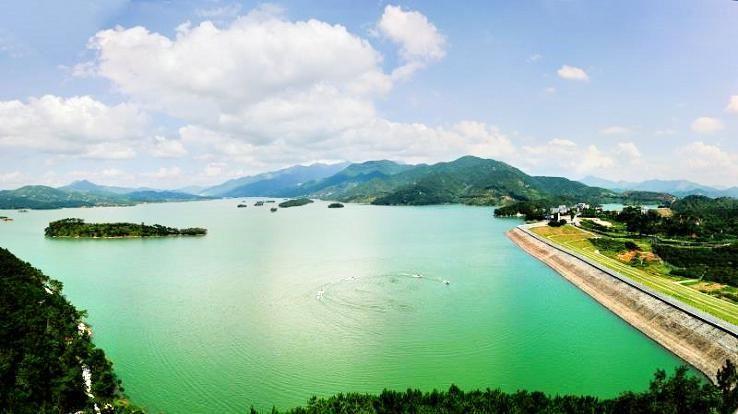 Yuhu Scenic Area3