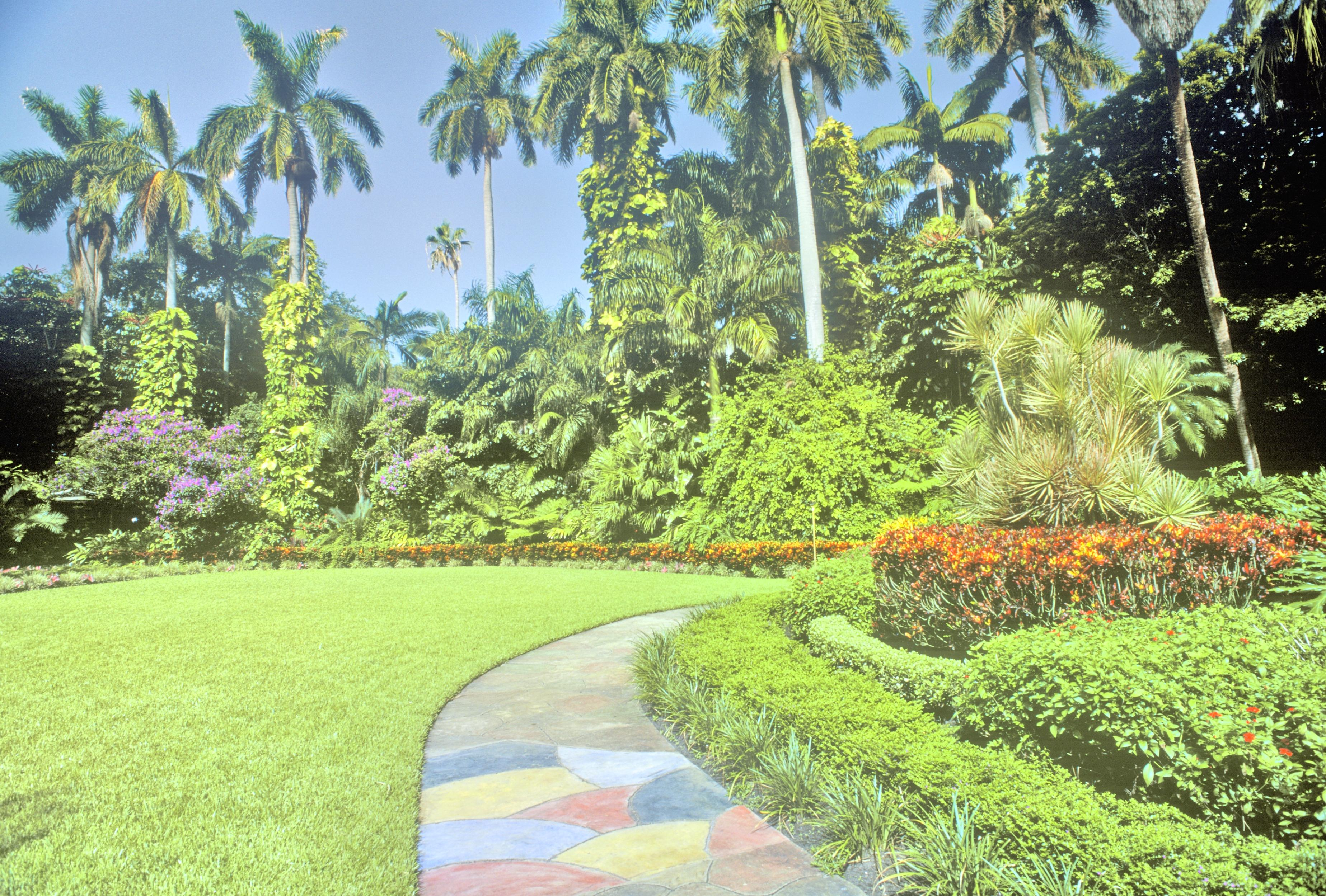Sunken Gardens Travel Guidebook Must Visit Attractions In St Petersburg Sunken Gardens Nearby Recommendation Trip Com