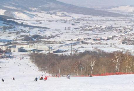 新立湖滑雪場