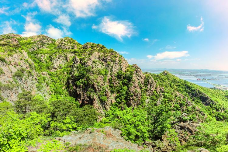 Dagu (Great Loneliness) Mountain1