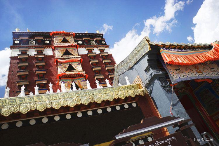Hezuo Temple4