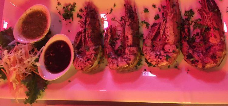 Longtail Boat Restaurant2