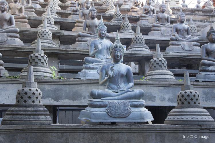 Gangaramaya Temple1
