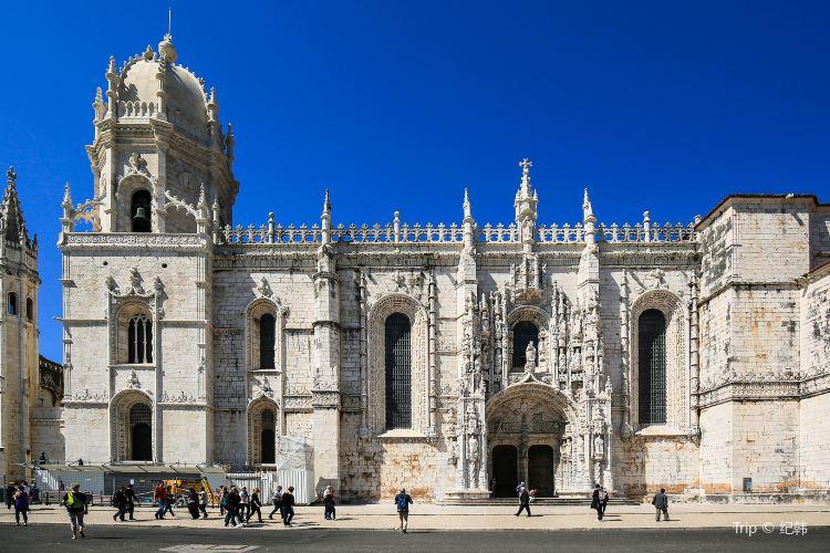 Jerónimos Monastery4