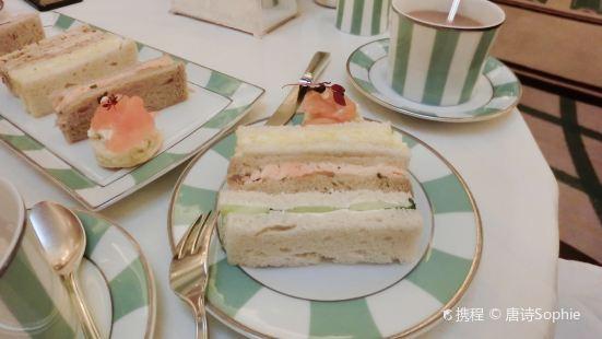 梅寶尼克拉里奇酒店下午茶