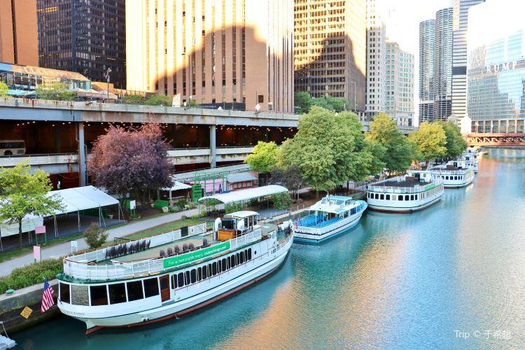 Chicago Riverwalk3