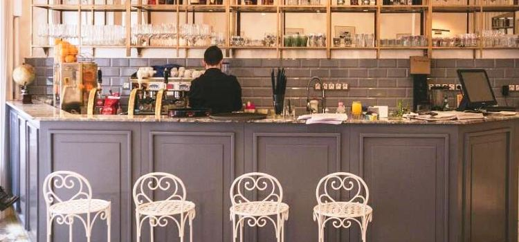 Á la Maison Breakfast and Brunch Restaurant