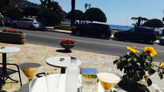 Caravaggio Cafe