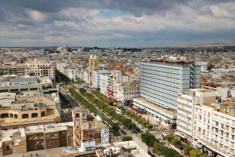 Avenue Habib Bourguiba4
