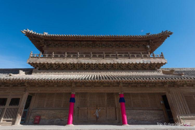 Qutan Temple1