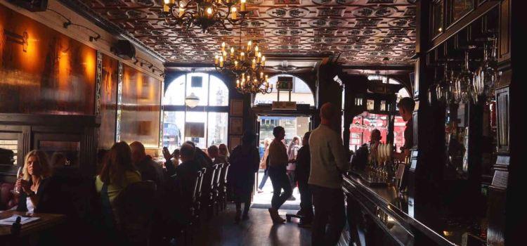 Deacon Brodie's Tavern3
