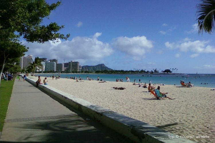Moana Beach2