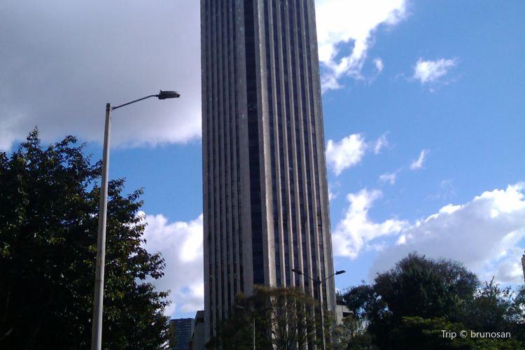 Torre Colpatria3