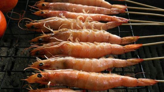 曼龍匡香椿樹傣味餐廳