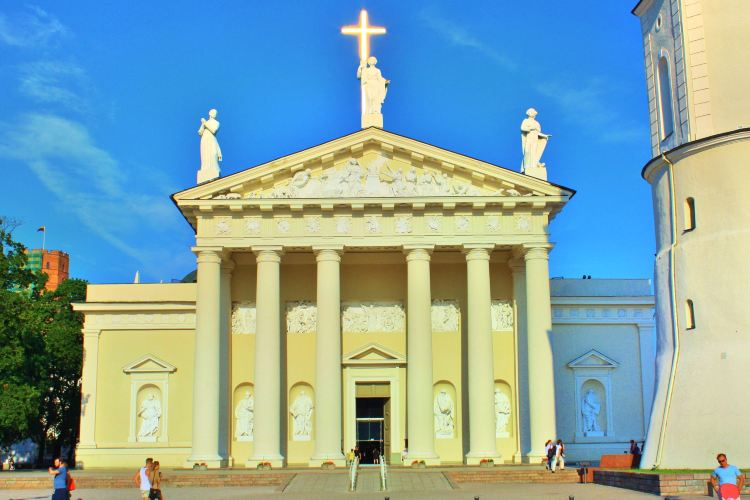 Vilnius Cathedral Basilica of Sts Stanislaus and Vladislaus