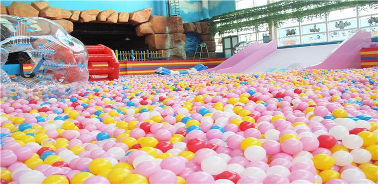 蚌埠熱浪島室內恆溫水樂園