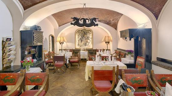 Restaurant Embassy