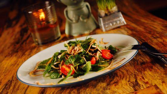 Betelnut Noodle, Satay Bar & Music Lounge