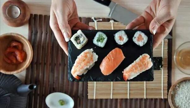 Yes Sushi1