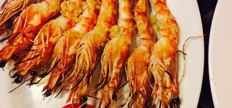 Truc Linh 2 Restaurant1