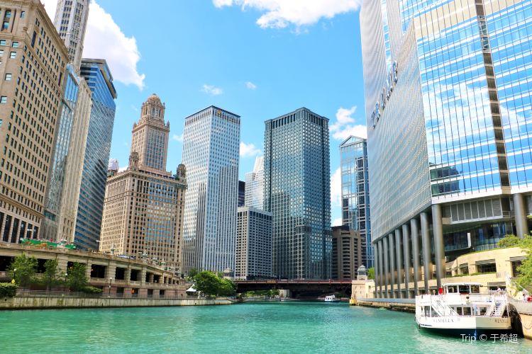 Chicago Riverwalk2
