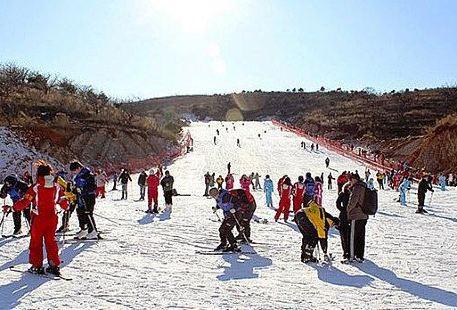 Qingxian Manor Ski Field