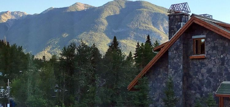 Banff Voyager Inn3