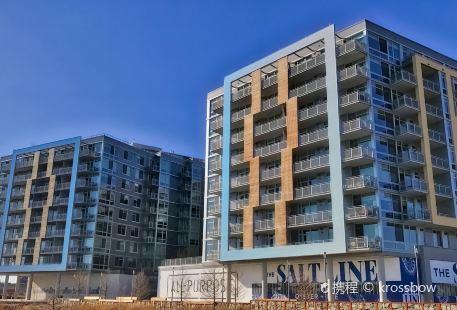 Riverfront Plaza - City Dock