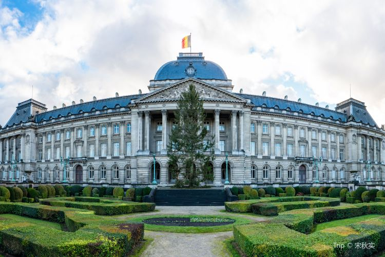 Royal Palace of Brussels3