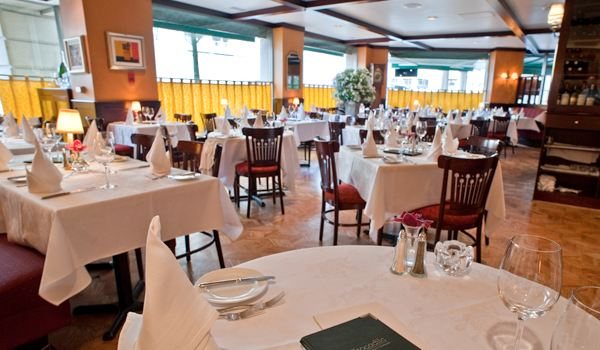 Le Crocodile Restaurant3
