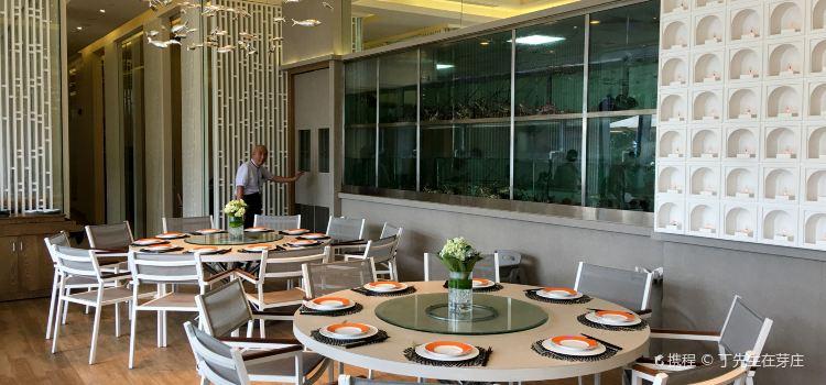 Costa Seafood Restaurant3