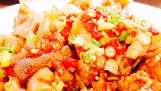 董氏鐵鍋燉魚